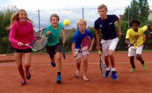 Fra venstre: Mille, Kristoffer, Magnus, Daniel og Simon