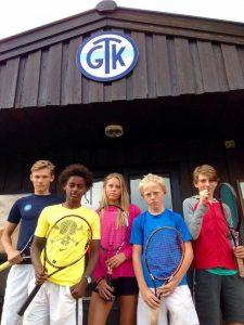 Fra venstre: Daniel, Simon, Mille, Magnus og Kristoffer